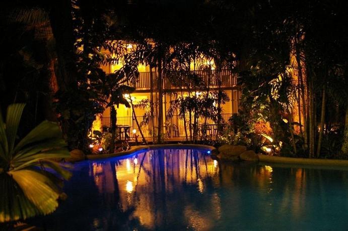 Photo: Palm Cove Tropic Apartments