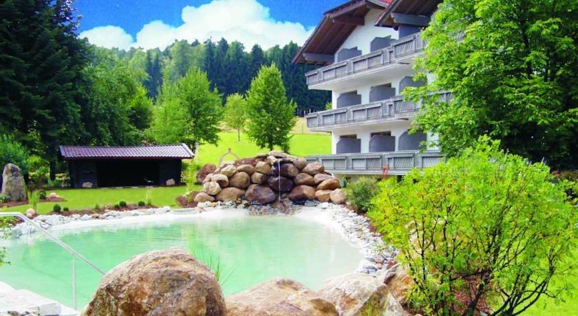 Hotel Zur Post Langdorf