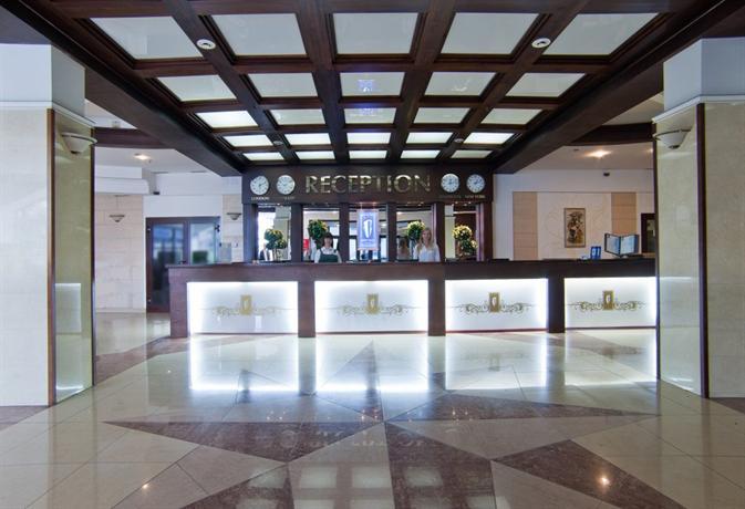 Отель Кристалл Люкс