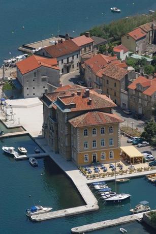 Hotel Jadran Rijeka - dream vacation