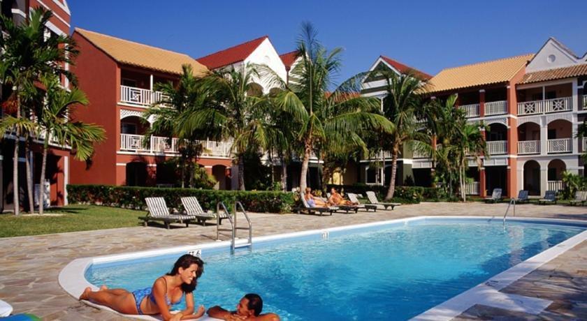 Pelican Bay Hotel - dream vacation