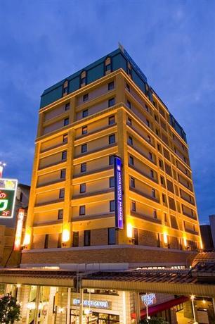 Hyper Hotels Passage - dream vacation