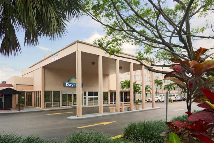 Days Inn Miami International Airport - dream vacation