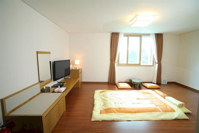 Narsha Tourist Hotel - dream vacation