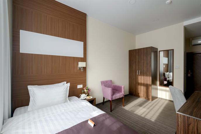 Отель Park Wood - Академгородок