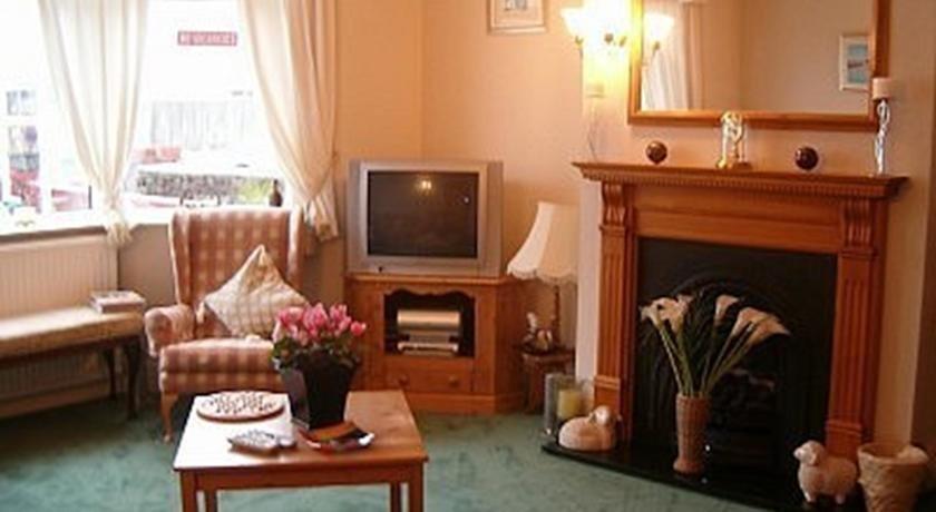 The Adelphi Bed & Breakfast Paignton - dream vacation