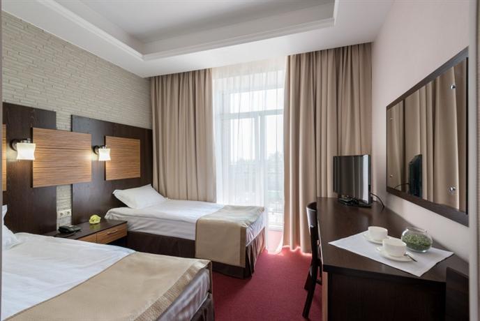 Отель Н