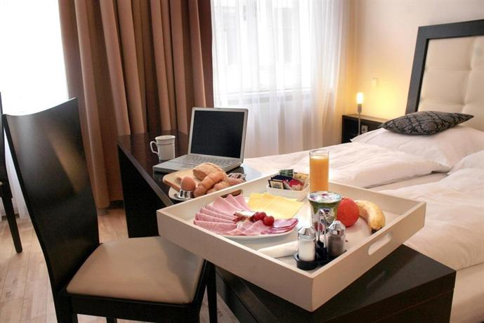 Vienna Bed and Breakfast: Pension a und a