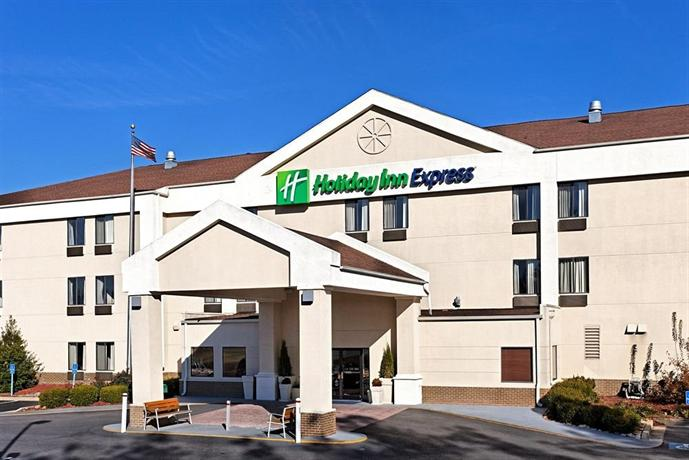 Holiday Inn Express Metropolis Metropolis - dream vacation
