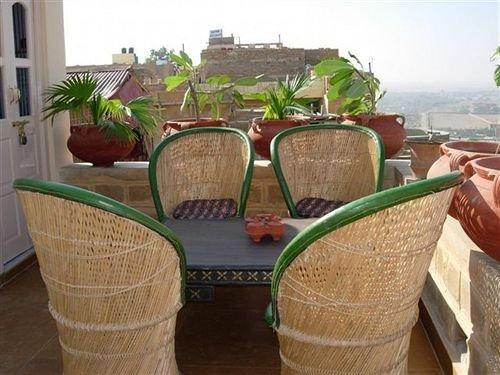 Hotel Monsoon Palace Jaisalmer - dream vacation