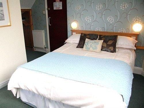 Summer Breeze Guest House Newquay - dream vacation