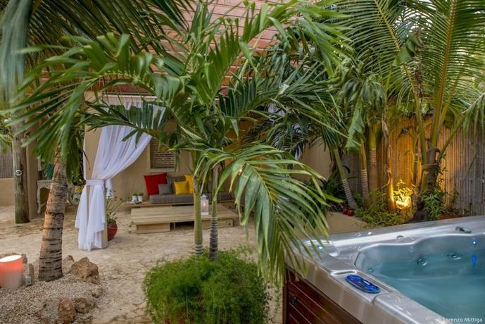 Bamboo Bali Bonaire - dream vacation