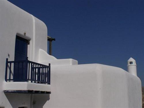 Navy Blue Suites - dream vacation