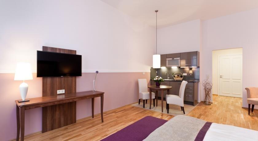 Aparthotel Am Schloss - dream vacation