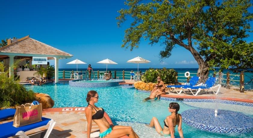 Jewel Paradise Cove Beach Resort & Spa - dream vacation