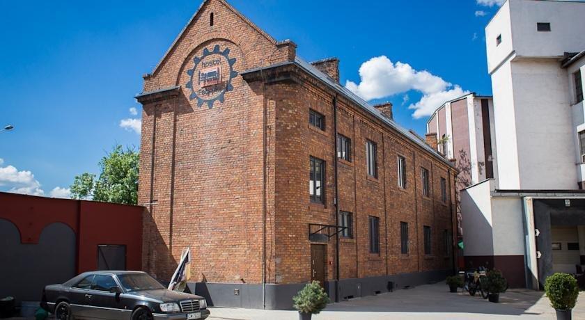 Hostel Fabryka Wloclawek - dream vacation