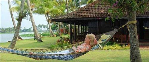 Kayaloram Heritage Lake Resort - dream vacation