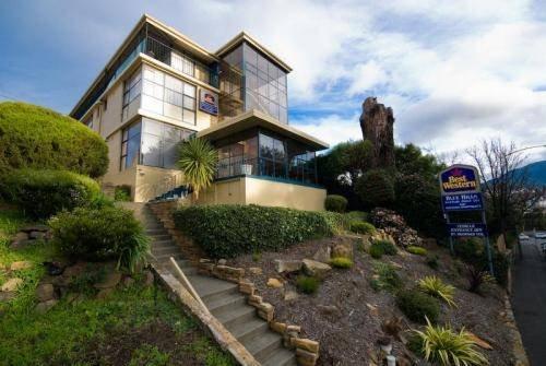 Blue Hills Motel - dream vacation