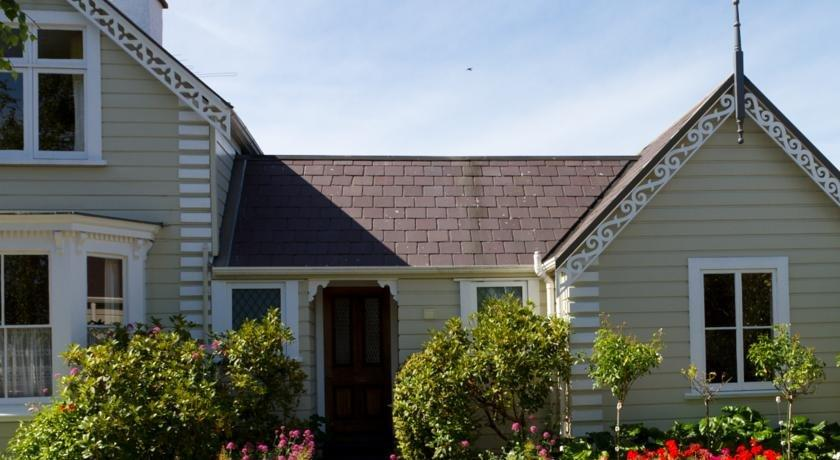 Cambria House Bed & Breakfast Nelson - dream vacation