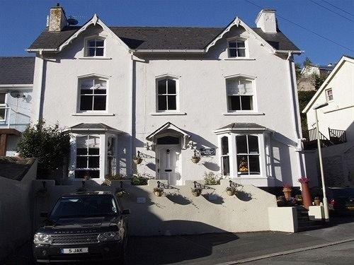 The Victorian House Bed and Breakfast Dartmouth England - dream vacation