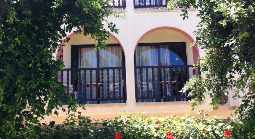 Chrysland Hotel - dream vacation