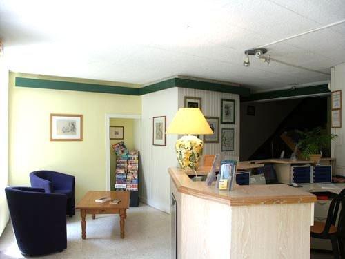 inter hotel hotel du chateau dinan compare deals. Black Bedroom Furniture Sets. Home Design Ideas