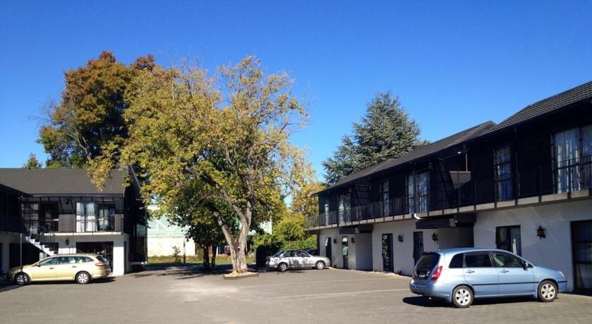 Academy Motor Lodge - dream vacation