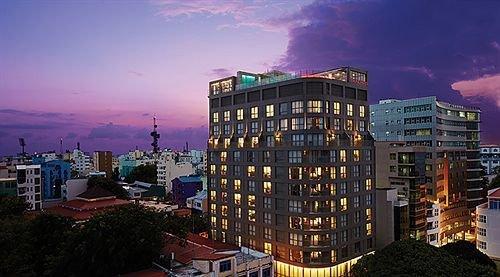 Hotel Jen Male Maldives - dream vacation