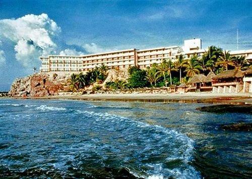 Faro Beach Resort Mazatlan - dream vacation