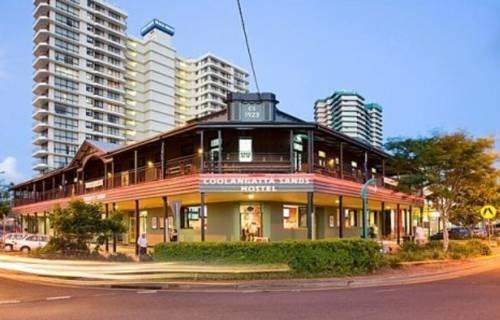 Photo: Coolangatta Sands Hotel