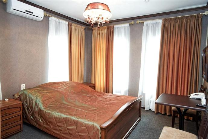 Отель Достоевский