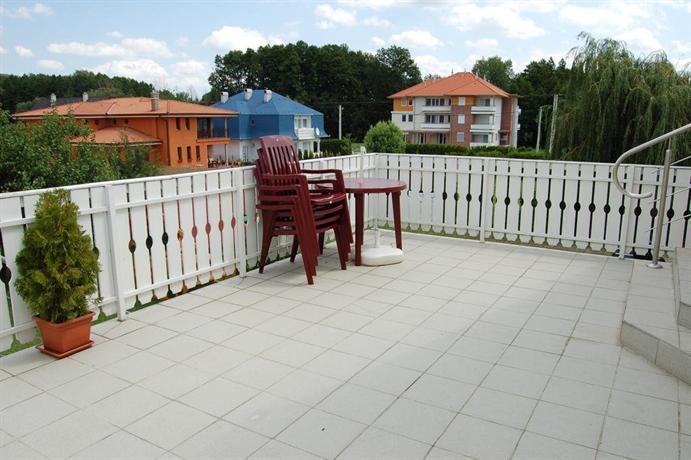 Apartmanhaz Cedrus 8 - dream vacation