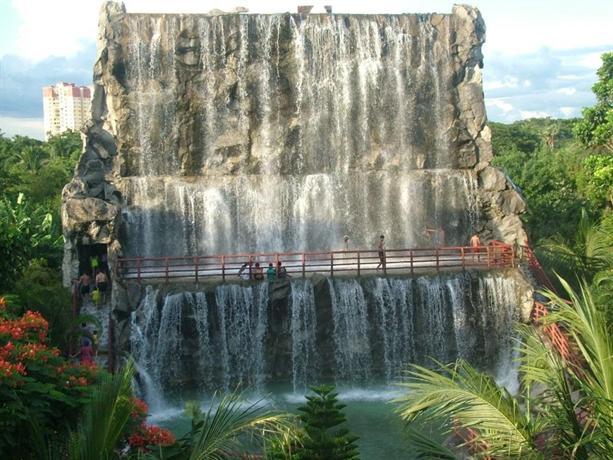 Aquatica Water Theme Park & Resort - dream vacation