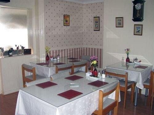 Branston Lodge Guest House Blackpool - dream vacation