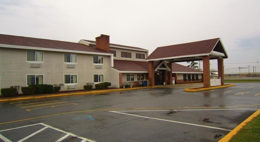 Baymont Inn & Suites Harrington