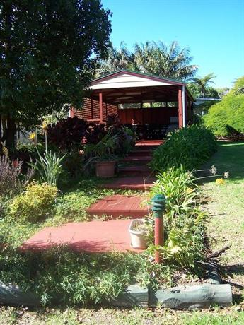 Poinciana Cottages - dream vacation