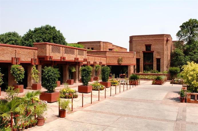 Faisalabad Serena Hotel - dream vacation