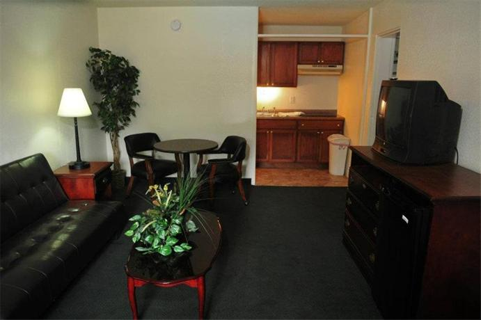 Travelers Place Inn & Suites - dream vacation
