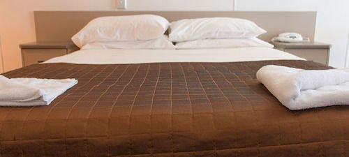 Edge Hotel Motel