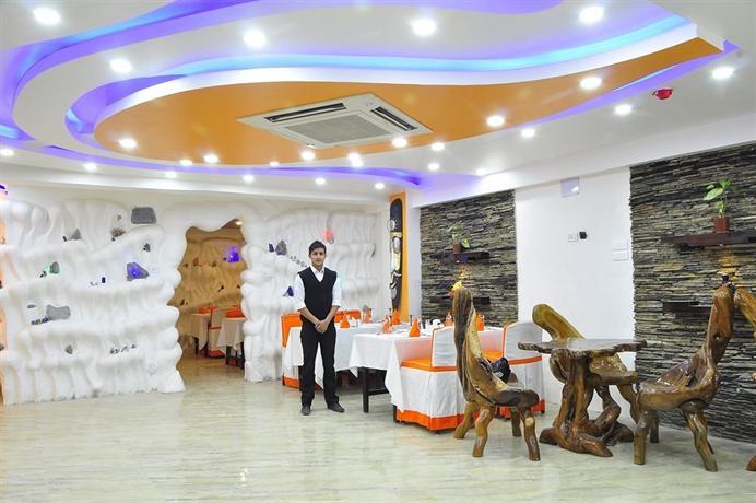 Royal Penguin Boutique Hotel & Spa 2 - dream vacation