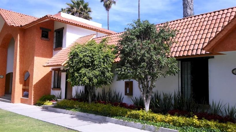 Flamingo Inn Queretaro - dream vacation
