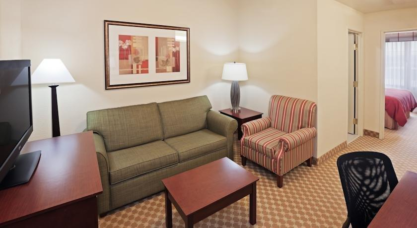 Country Inn & Suites by Radisson, Tulsa, OK