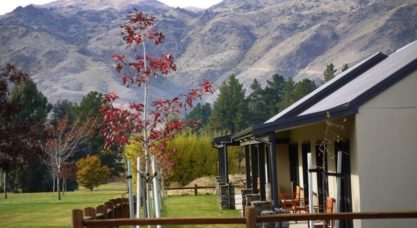 Carrick Lodge Motel - dream vacation