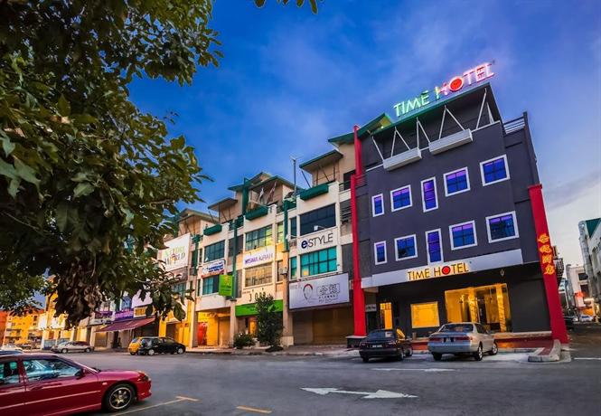 Time Hotel Sunway - dream vacation