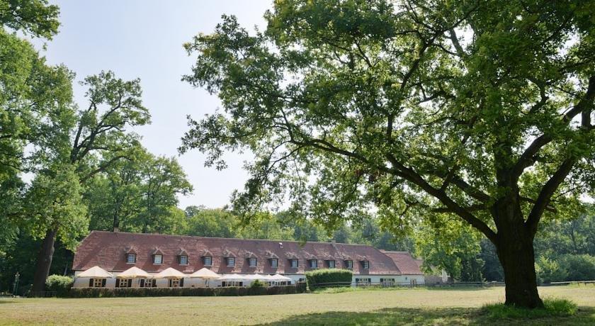 Churfuerstliche Waldschaenke Moritzburg Hotel - dream vacation