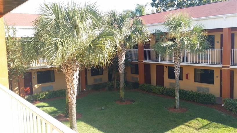 Howard Johnson Express Inn & Suites - South Tampa / Airport - dream vacation