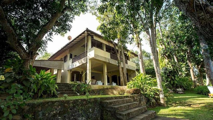The River House Balapitiya - dream vacation