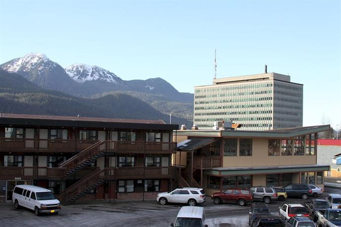 The Driftwood Hotel Juneau - dream vacation