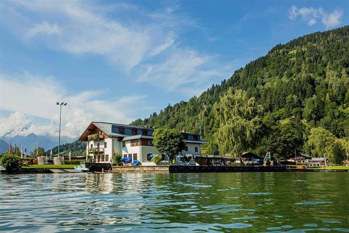 Junges Hotel am See - dream vacation