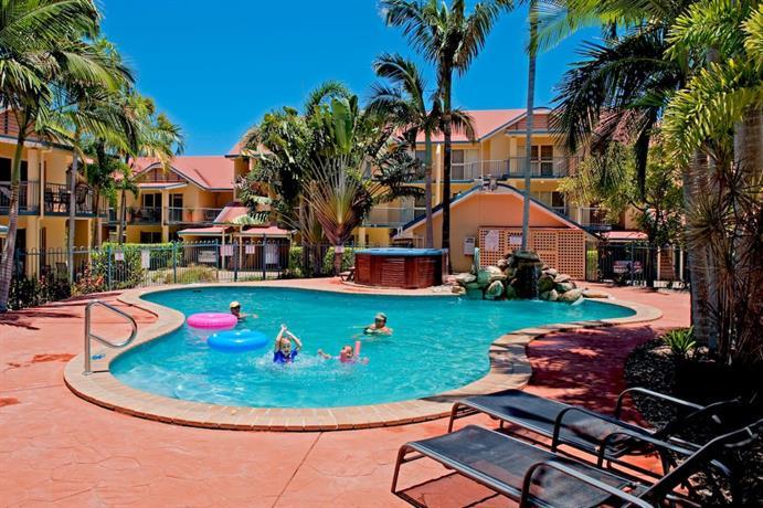 Photo: At Beach Court Holiday Villas
